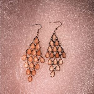 nwot (never worn) pink dangly earrings